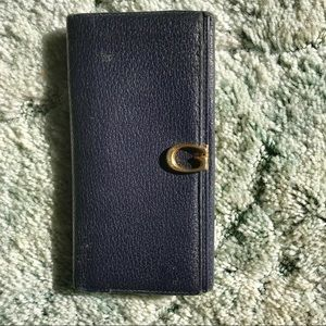 Authentic vintage Gucci G clasp wallet